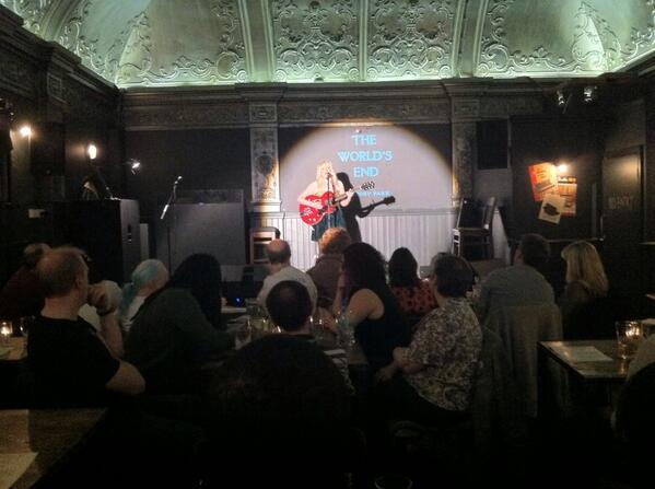 W.E Love Sundays with Kal Lavelle tonight, fabulous!